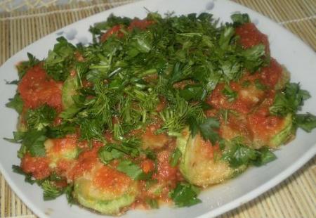 Рецепт Кабачки с томатным соусом
