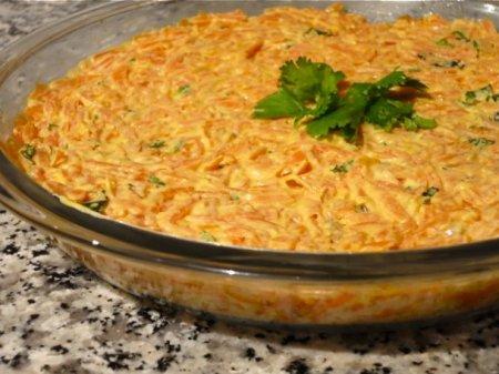 Рецепт Турецкий салат из моркови с йогуртом