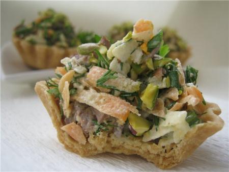 Рецепт Корзиночки с мясным салатом