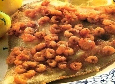 Рецепт Жареная камбала с креветками