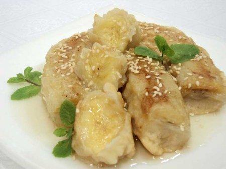 Рецепт Бананы жареные в кляре под медово-лимонным соусом
