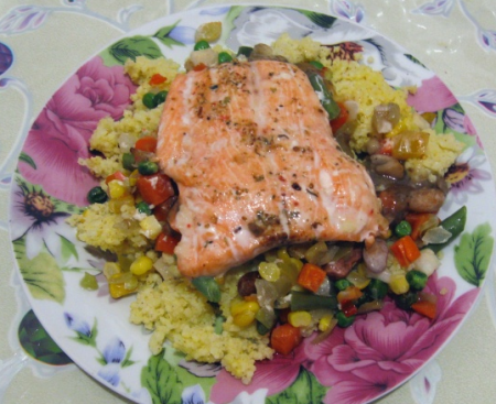 Рецепт Запеченый лосось на подушке из пшенной каши