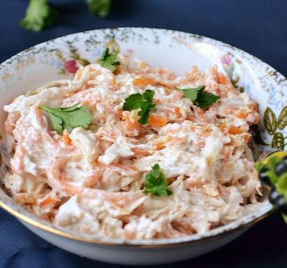 Салат из морковки и мяса