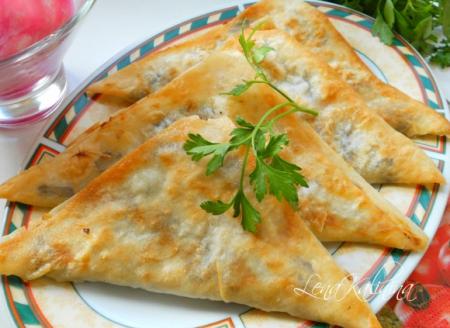 Рецепт Треугольнички из лаваша с картофелем и грибами