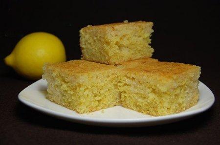 Рецепт Простой лимонный пирог из манки