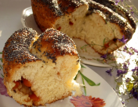Рецепт Улитка с абрикосом, яблоком и корицей