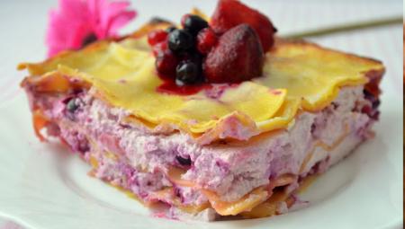 Рецепт Сладкая лазанья с рикоттой и ягодным ассорти