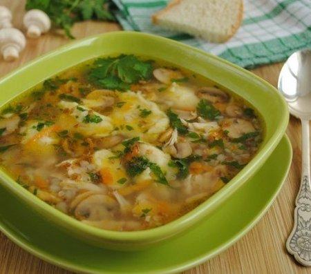 Рецепт Гречневый суп с грибами, картофельными клёцками и зеленью