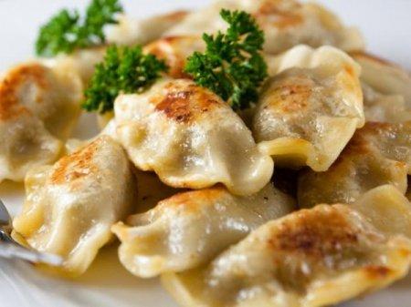 Рецепт Вареники с грибами, луком и зеленью