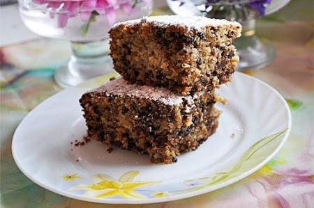 Овсяный кекс с халвой и шоколадом в мультиварке