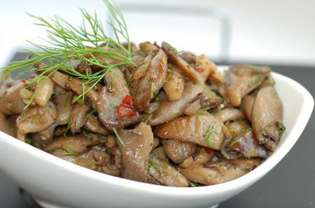 Рецепт Чашушули из грибов-вешенок