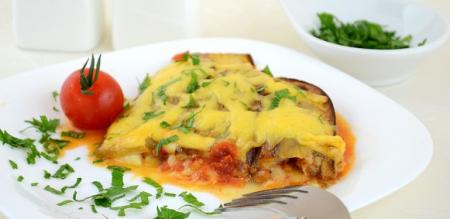 Рецепт Запеканка из баклажанов с помидорами и сыром