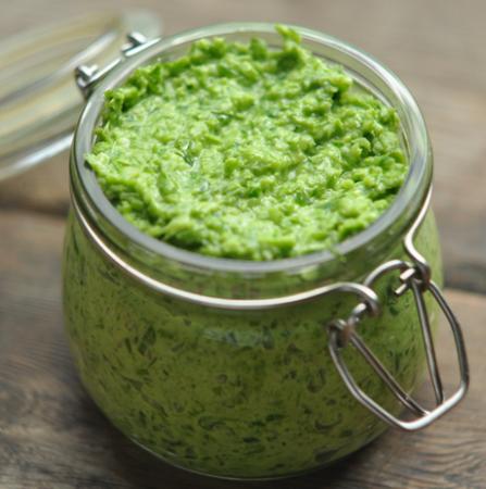 Рецепт Паста из стрелок зеленого чеснока