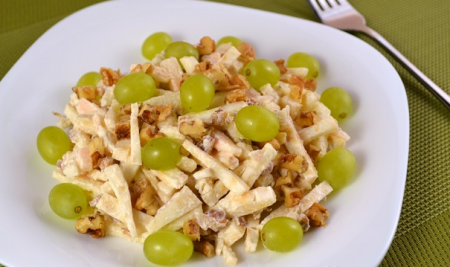 Салат из сельдерея и яблок