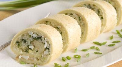 Рецепт Нежный рулетик с рисом и зеленым луком