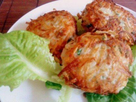 Куриные котлеты в панировке из картофеля