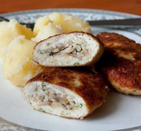 Рецепт Куриные зразы с рисом и грибами