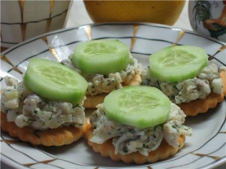 Рецепт Крекеры с селедочным салатом