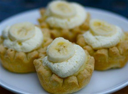 Рецепт Мини-пирожки с бананом и кремом