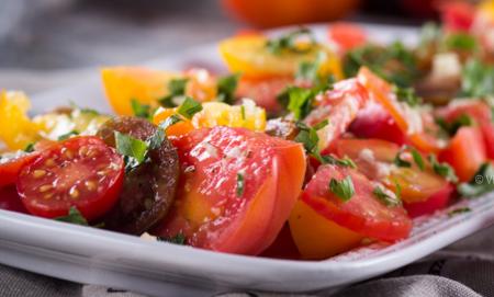 Томатный салат от Джейми Оливера