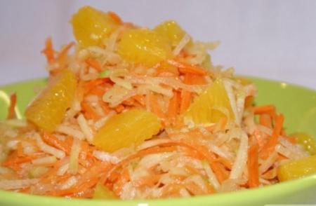 """Рецепт Салат """"Морковь с сельдереем и грейпфрутом"""""""