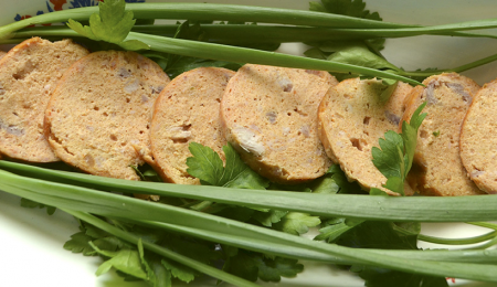 Рецепт Колбаса вареная куриная домашняя, запеченная в духовке