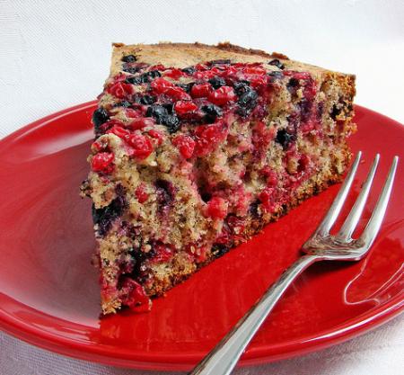 Ягодно-маковый пирог