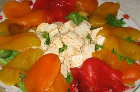 Средиземноморский сырный салат