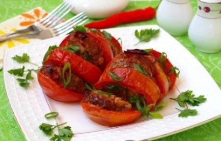 Запечённые помидоры с мясом.