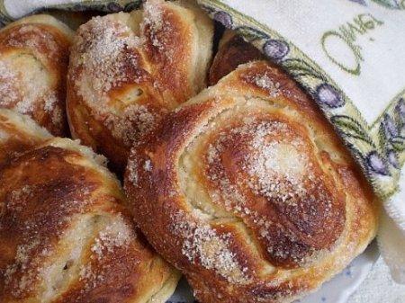 Пышные сахарные булочки