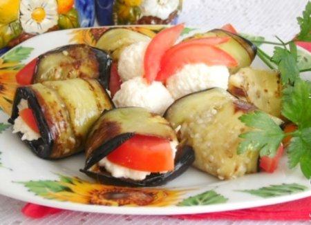 Баклажаны с сырной начинкой