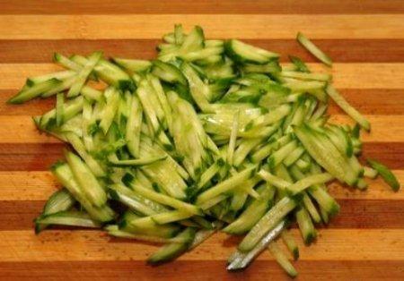 крабовый салат рецепт с огурцом перцем