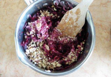 Салат из свеклы с чесноком