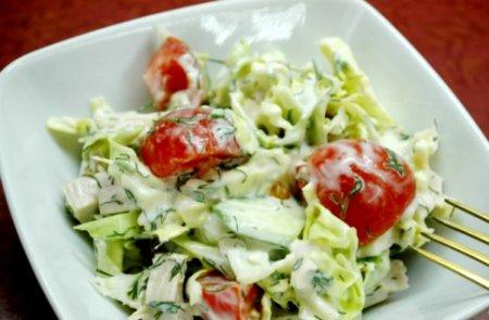 Салат из овощей и индейки
