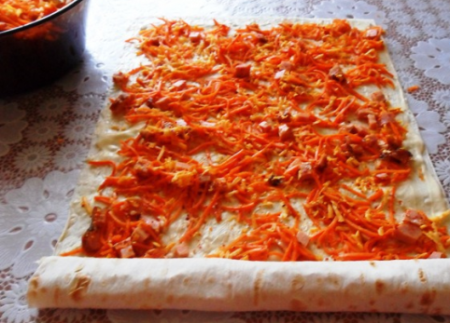 Рулетики из лаваша с морковкой