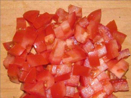 Салатик с фасолью и крабовыми палочками