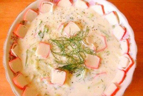 Суп с крабовыми палочками на кефире