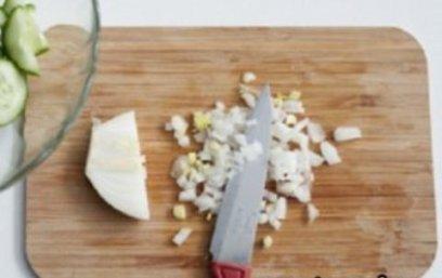 Салат с солёными рыжиками