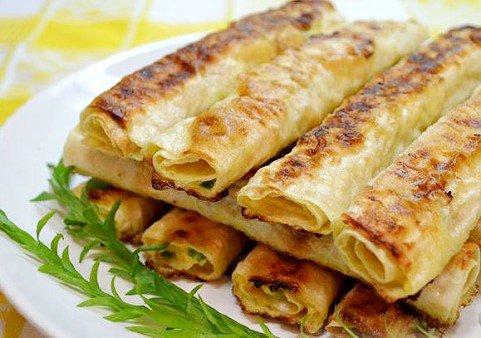 Жареные трубочки из лаваша с сырной начинкой