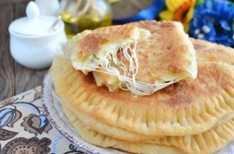 Вкусные кутабы с сыром и зеленью