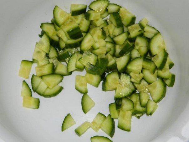 Салат с огурцом и авокадо ♨